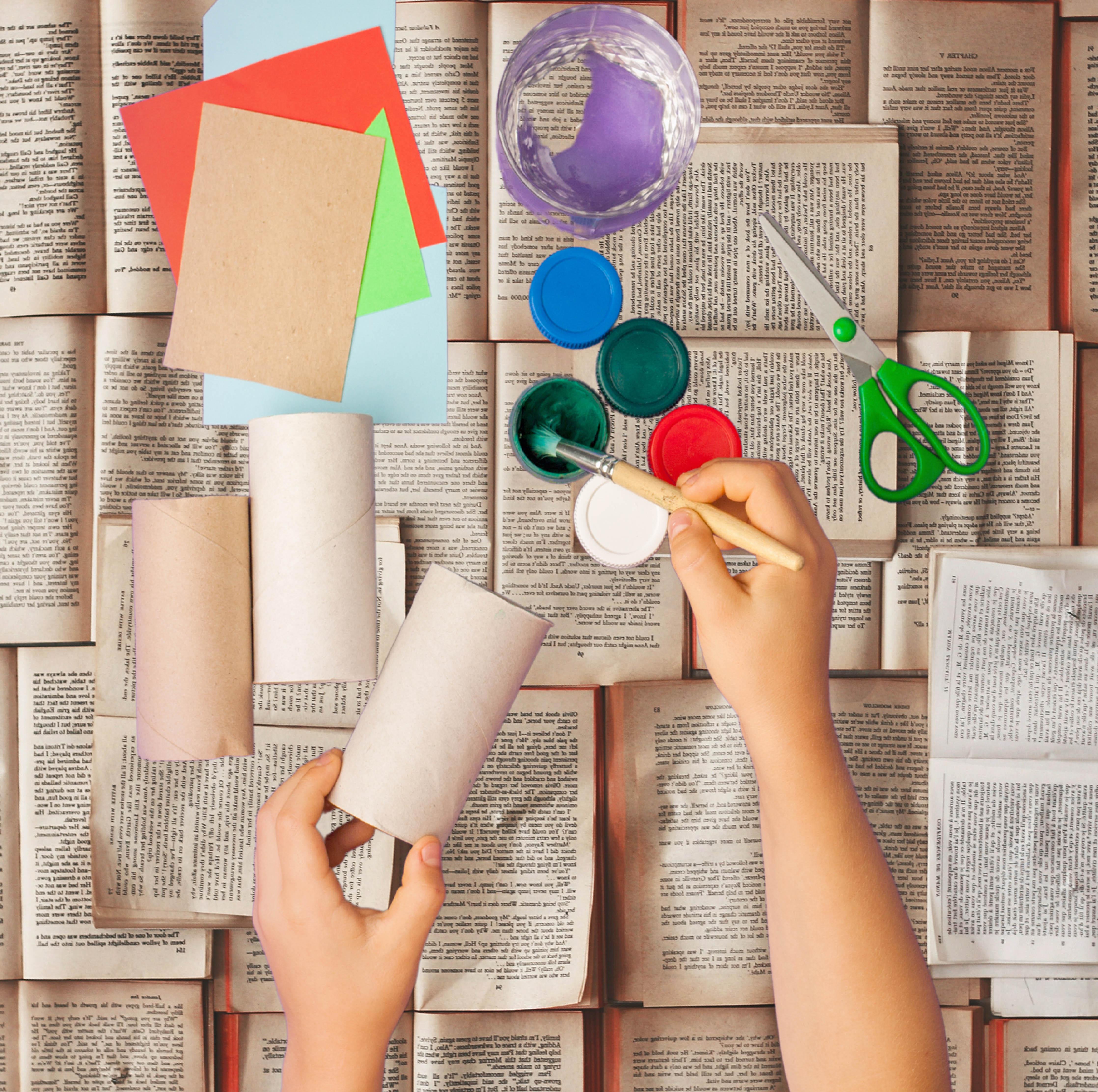 Atelier créatif décors de livres - à partir de 7 ans |